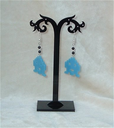 Obstar_Earring_spaceinvaderblue