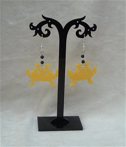 Obstar_Earring_spaceinvaderyellow
