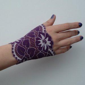ObsidianStar_lacearmlet_purpleshort